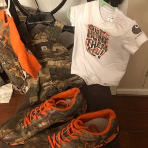 Other - Large Assortment of Hunting Items